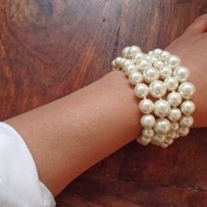 J CREW Pearl Hammock Bracelet NWT